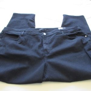 NWT - VERA WANG black Skinny jeans - sz 24WS - $56